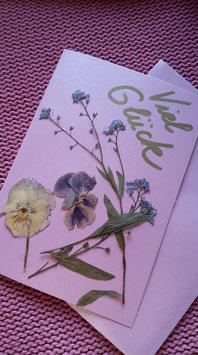 """Karte """"Getrocknete Blüten/rosa/Viel Glück"""" - Klappkarte mit Umschlag"""
