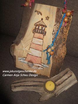 "Holzbild ""Leuchtturm"" & Teelichthalter aus Naturholz mit Brandmalerei"