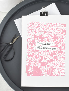 Herzlichen Glückwunsch |  Blütenranken auf Zartrosa | Postkarte