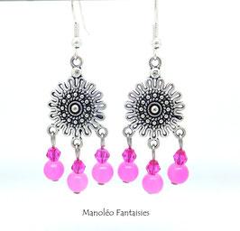 Boucles d'oreilles NOURIA et ses perles dans les tons de rose...