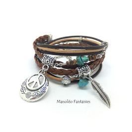 Bracelet HIPPIE CHIC double tour, peace et plume, perles de couleur turquoise dans les tons de café et argenté...