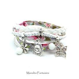 Bracelet LIBERTY  PASTEL  double tour, ses perles et pampilles, dans les tons pastels, blancs et argenté...