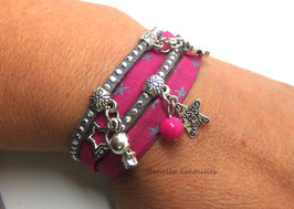 Bracelet BRELOQUES ETOILES double tour, 2 liens, dans les tons fuchsia et argenté...