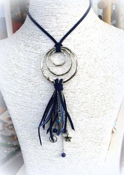 Sautoir REVES boho chic, ses perles et ses pampilles dans les tons de bleu