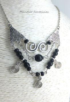 Collier MILO, ses arabesques et ses perles noires...