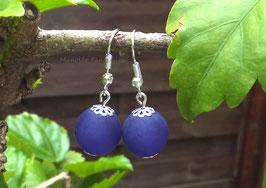Simplissimes boucles d'oreilles perles polaris violettes....