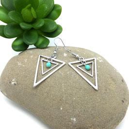 ISIS - Boucles d'oreilles triangles argentés, perle turquoise