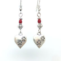 Boucles d'oreilles AIMEE, leur coeur et leur perle rouge