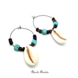Boucles d'oreilles Créoles COQUILLAGE dans les tons  marrons, turquoise et argenté...