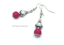 Boucles d'oreilles argentées MOANA et sa perle polaris fuchsia...