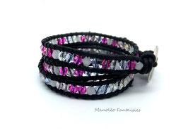 Bracelet wrap LUMI 3 tours et ses perles en cristal de Swarovski dans les tons de rose, lilas et de blancs...