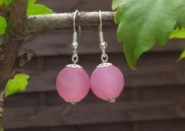 Simplissimes boucles d'oreilles perles polaris roses....