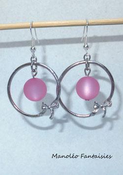 """Boucles d'oreilles """"cercle nœud et polaris"""" roses...."""