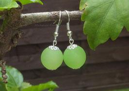 Simplissimes boucles d'oreilles perles polaris vertes...
