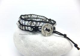 """Bracelet """"Lumi"""" double tour et ses perles en cristal de Swarovski gris argenté et blanc cristal..."""