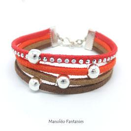 Bracelet 4 liens perles éparpillés dans les tons orangés et marrons...