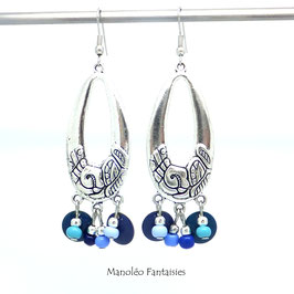 Boucles d'oreilles ADELIE dans les tons bleus et argentés...