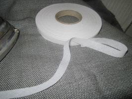 (0,19 € / m)   40 m Bügelvlies Schrägband Formband 8 mm Breit