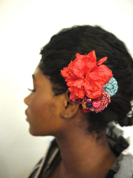 Broche/Pince à Cheveux Fleur Rouge