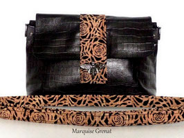 Mini sac pochette en cuir de veau noir liège dentelle