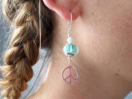 Boucles d'oreilles hippies chic en argent, vert d'eau, peace and love