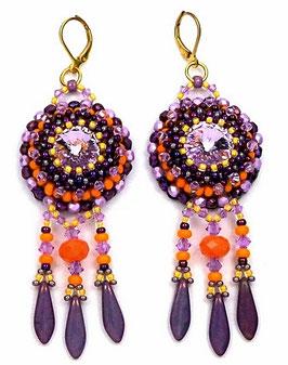 Boucles d'oreilles brodées, dormeuses dorées, violettes oranges, mauves, cristal, verre, hippie chic