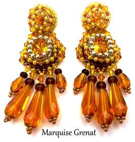 Boucles d'oreilles brodées jaunes et topazes, baroques