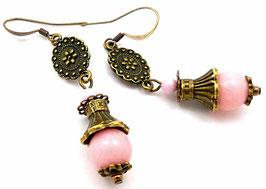 Boucles d'oreilles en jade rose poudré, cristal et laiton bronze, vintages
