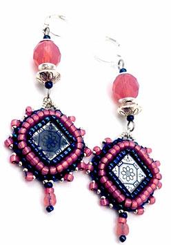 Boucles d'oreilles dormeuses bleu nuit et rose opale argenté, hippie chic