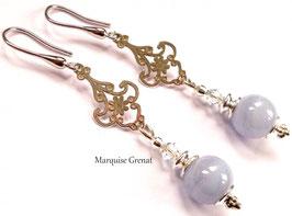 Boucles d'oreilles baroques bleues en argent et calcédoine