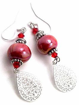 Boucles d'oreilles rouges argentées, céramique, cristal, laiton, hippie chic