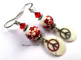 Boucles d'oreilles flower power rouges et blanches