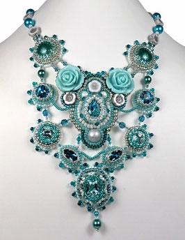 """Collier plastron brodé couleur lagon, argent, cristal, verre, cuir, baroque """"Pacific dream"""""""