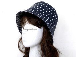 Chapeau cloche réversible coton enduit rayé et pois bleu marine blanc