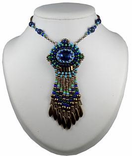 Collier pendentif frangé brodé, bleu vert bronze, boho ethnique