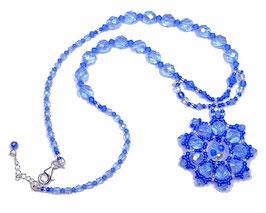 Collier pendentif rond tissé bleu saphir argent rétro chic