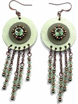 Boucles d'oreilles cuivrées cristal et cuir vert pastel, hippie chic
