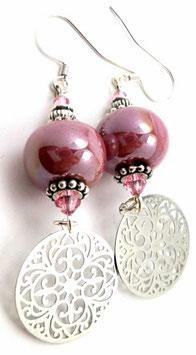 Boucles d'oreilles céramique rose irisé, cristal laiton argenté, estampes rondes, boho chic