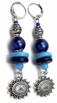 Boucles d'oreilles dormeuses bleu ciel et marine, laiton verre, céramique, hippie chic