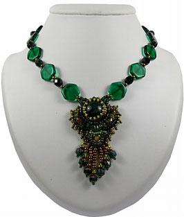 Collier pendentif brodé vert émeraude bronze, agate, cristal, verre, style vintage