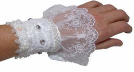 Manchette blanche baroque en dentelle de créateur pour mariage et son écrin shabyy chic