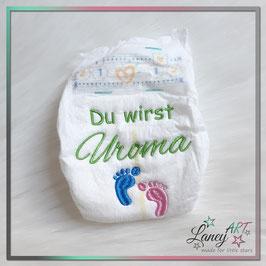 """Bestickte Windel - """"Uroma & Füße"""" (Wunschfarbe)"""