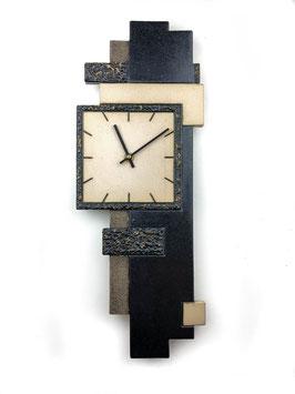 Uhr Relief dunkel