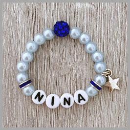 Neugeborenen-Perlenarmband hellblau NINA (Nr. 05)