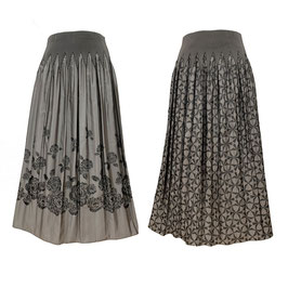 商品番号IS-9864-3W リバーシブルスカート バラ柄&幾何柄(ベージュ)