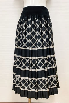 【SALE】商品番号IS-9668-6US-S  バイヤス格子柄スカート(黒)