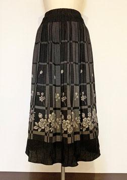 商品番号IS-4706  格子にバラ柄スカート