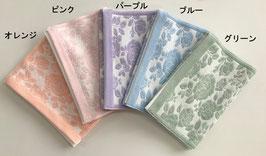 接触冷感 抗菌タオルマフラー バラ柄 ¥3,960(税込)