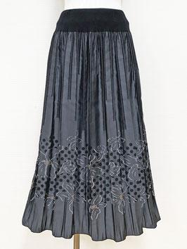 商品番号IS-9849-3W-B 水玉入り花柄ボーダースカート