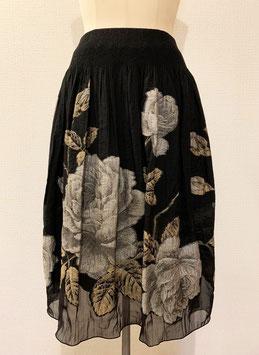 商品番号IS-7857-W  裾透けバラ柄スカート